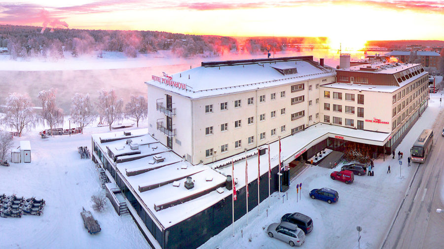 Pohjanhovi-outside-winter-900×505